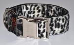 Fellhalsband snowleopard